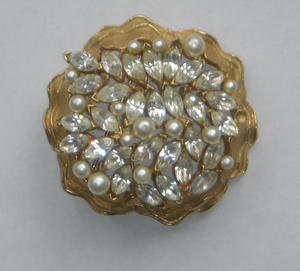 Glitter_brooch